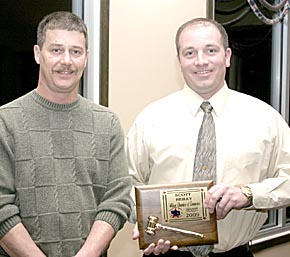 Scott Stuhlmiller (left), outgoing Albion Chamber of Commerce President, with Scott Reilly, the new president