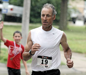 Jim Carder of Albion wins 51 & up 5-mile Card Run