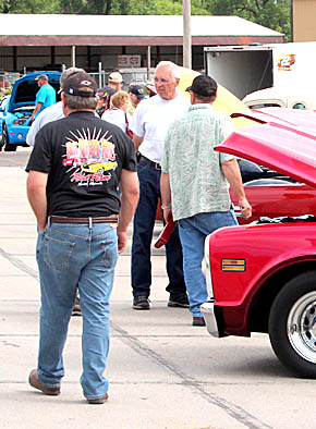 Portion of the crowd attending Saturday's Smoke n Chrome Car Show.