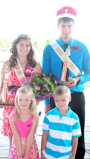 Boone County Fair 4-H Royalty.