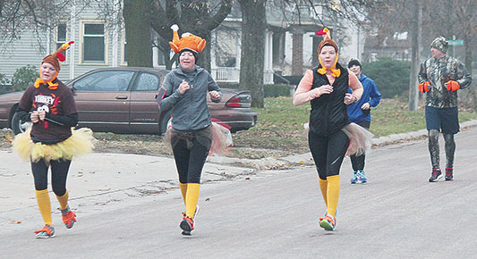 Some of the runners in last year's Turkey Trot.